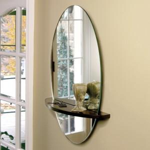 Овальное зеркало для прихожей